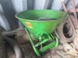 eurospan-fertilizer-spreader-3-pth