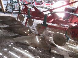 kverneland-plow-4-furrow