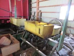 j-d-7000-corn-seeder-4-rows
