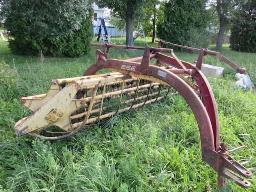 n-h-258-side-hay-rake