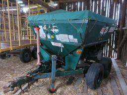 co-op-fertilizer-spreader-3-5-ton-tandem-axel-canvas-flasher-light