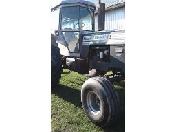 979-white-2-85-2wd-85hp-cab-20-8r38-tires-very-good-condition