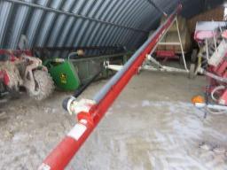 buhler-farm-king-grain-auger-8x51-pto-gear-box-on-wheels-as-new