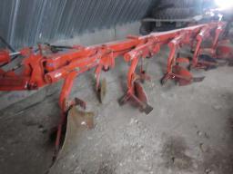 kuhn-vari-lander-plow-5-furrow-hydrau-reset