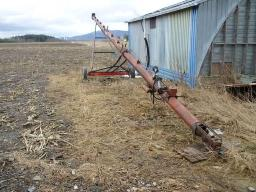 brent-grain-auger-8x51-on-wheels