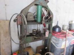 metal-press
