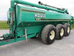 houle-5250-gls-manure-tank-3-axels-front-and-rear-articulated