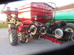 aulary-case-ih-1200-corn-planter-8-row-folding