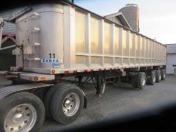 cobra-aluminum-grain-trailer-44-ft-4-axel-last-one-auto-turn-around