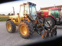 1995-versatile-9030-4wd-105hp-30km-480-70r28-tires