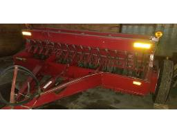 ih-5100-seed-drill-combinated-16-double-disc-seed-box-mil-brome-lights