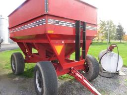 unverfeth-gravity-box-325-bushels-on-running-gear-22-5-tires
