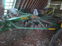 victor-115-rotate-hay-rake-trailing-model