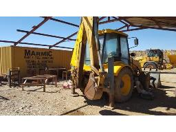 2002-fermec-860-4x4-tlb-located-at-monroe-mining-scrapyard-