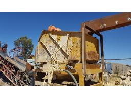 double-deck-de-watering-screen-9x6-located-at-monroe-mining-