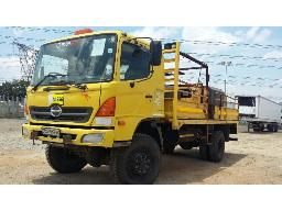 2004-toyota-hino-13-214-4x4-service-truck-with-diesel-tank-generator-water-pump-maxi-lift-rear-mounted-crane-located-at-aucor-midrand-truck-yard-