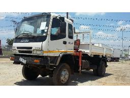 2000-isuzu-fts-4x4-dropsides-tipper-with-hi-ab-750-crane-located-at-aucor-midrand-truck-yard-