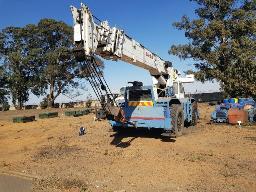 1991-bendini-delta-25-hydraulic-crane-d106-phoenix-salvage-yard-