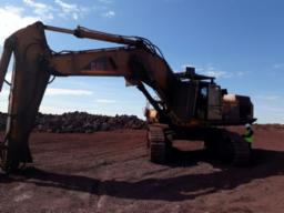 1997-cat-375-excavator-with-rock-breaker-no-bucket-runner-10pc-comm-postmasburg-