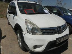 2012-nissan-livina-1-6-x-gear-acenta