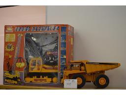 1-x-crane-excavator-1-x-dump-truck