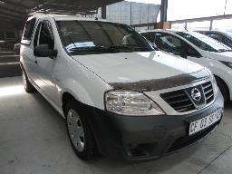 2012-nissan-np200-1-6