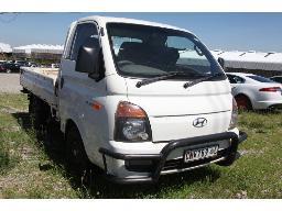 2012-hyundai-h100-2-6d