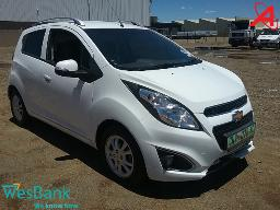 2016-chevrolet-spark-1-2-ls-5dr-front-bumper-cracked-scratched-left-rear-fender-dented-left-front-door-dented-left-side-sportlight-casing-broken