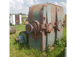 david-brown-gearbox-9-tons-400kw-speed-985-44-located-in-brakpan-