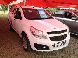2016-chevrolet-utility-1-4-a-c-p-u-s-c-with-a-canopy