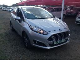 2015-ford-fiesta-1-6-tdci-trend-5dr