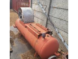 compressor-tank-and-fan-located-at-brakpan-