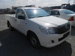 2015-cf150249-toyota-hilux-2-5-d4d-vin-no-ahtcs12g507634177-178995-kms-bonnet-doesn-t-open-previous-accident-damage-repaired-