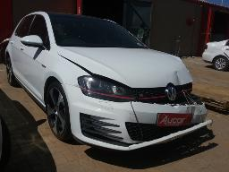 2013-volkswagen-golf-vii-gti-2-0-tsi-dsg-non-runner-engine-noisy-accident-damaged-8pc-buyers-commission-will-be-charged