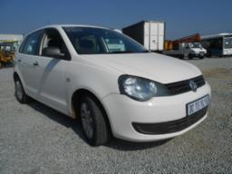 2014-dc73ylgp-vw-polo-vivo-1-4-5-door-hatchback-vin-no-aavzzz6szeu024813-103710-kms-stc-7-days-