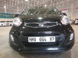 2014-kia-picanto-1-2-ex-windscreen-cracked-boot-lid-dented