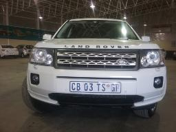 2012-land-rover-freelander-ii-2-2-sd4-hse-a-t-door-key-missing-stone-chipmarks-on-windscreen