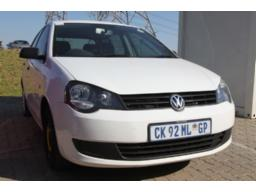 2013-vw-polo-man