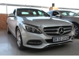 2015-mercedes-benz-c220-bluetec-avantgarde-a-t-w205-