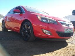 2011-opel-astra-1-6t-sport-5dr-visible-spray-works