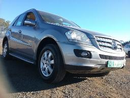 2008-mercedes-benz-ml320-cdi-a-t-visible-spray-works-along-body-parts