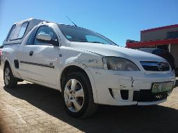 2010-chevrolet-corsa-utility-1-8-sport-p-u-s-c-with-a-canopy-front-bumper-damaged