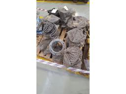 lot-assorted-chains-flourescent-light-covers-phillips-globes-bucket-control-grp-026-located-at-rustenburg-dc