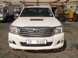 2012-toyota-hilux-3-0-d-4d-raider-xtra-cab