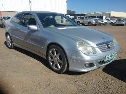 2008-mercedes-benz-c230-v6-coupe-a-t
