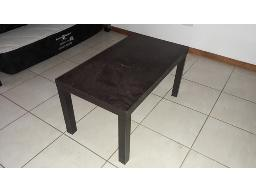coffee-table-located-at-kathu-house