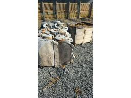 lot-assorted-smasher-blocks-g20mns-10293-white-yellow-only-located-at-rustenburg-dc