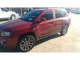 2014-jeep-compass-20-a-t
