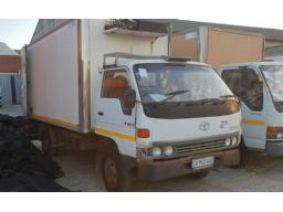toyota-dyna-non-runner-no-papers-scrap-metal