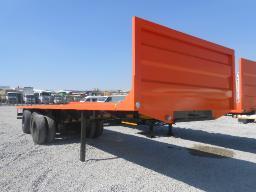 henred-fruehauf-tri-axle-flat-deck-trailer